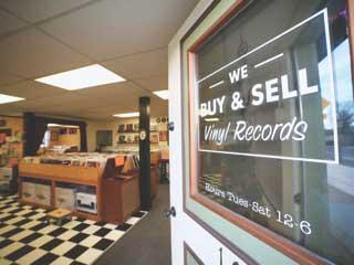 Biscuits & Vinyl